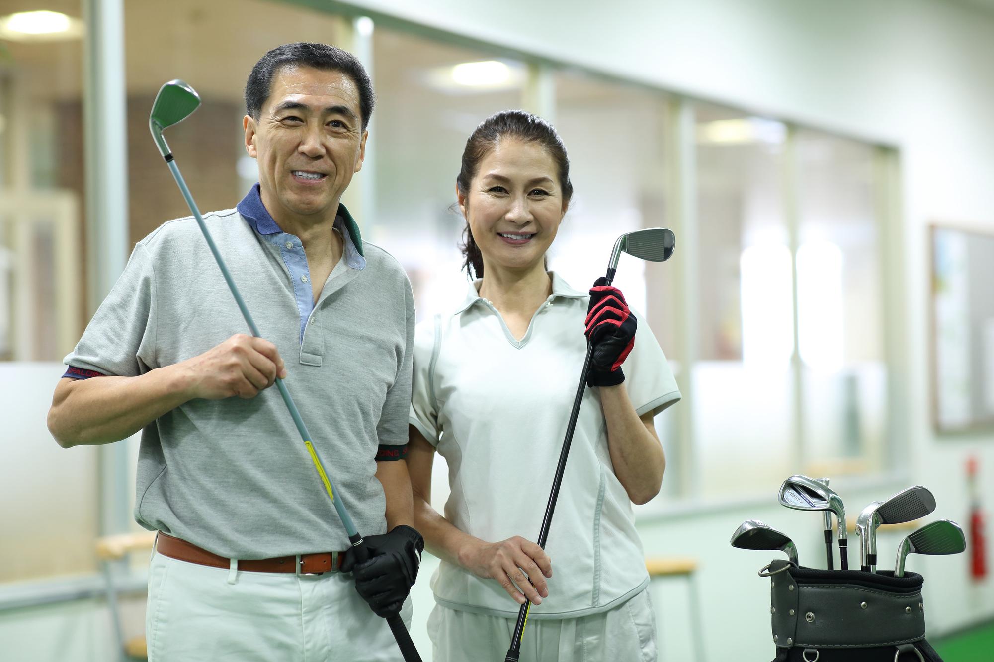 "<span class=""title"">初心者向けのゴルフスクールの選び方</span>"